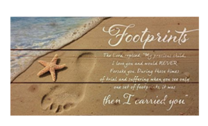 wood-pallet-footprints-in-the-sand-horizontal